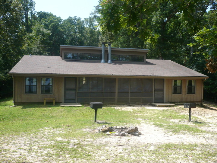 12 Mississippi State Parks With Big Family Cabins